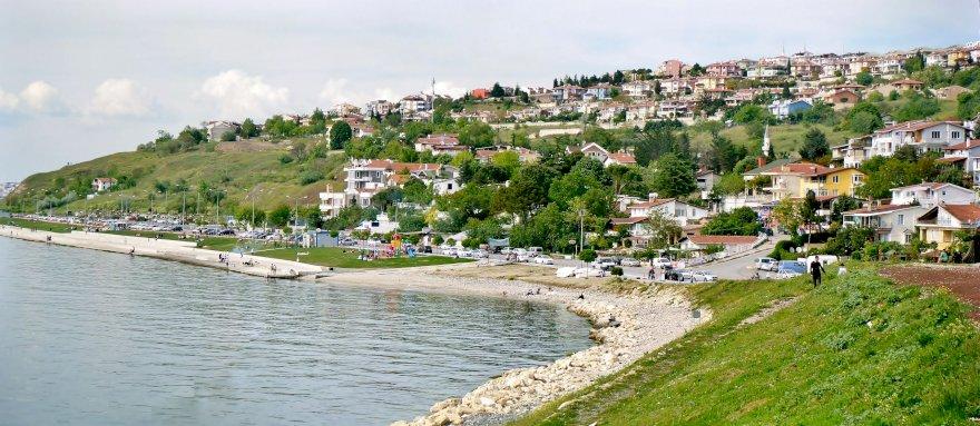 حي بيليك دوزو الحديث غرب مدينة اسطنبول